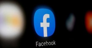 Facebook tackles Zoom and video conferencing professional