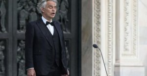 The tenor Andrea Bocelli announces that he has been sick for the coronavirus