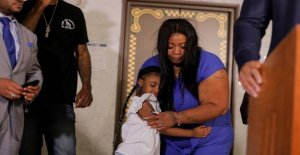 Mother of George Floyd daughter: Cops must pay for the killing