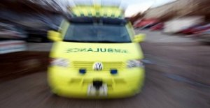 Five ambulances go out to violent traffic accident