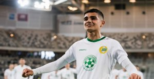 The 17-year-old will get the chance of You måstematch