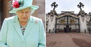 Is suspected of having stolen from the queen, Worker arrested