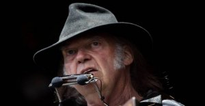 Neil Young, the plaintiff Trump