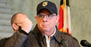 Maryland Gov. Larry Hogan tweets Photograph after skin cancer removal:'No pain, no gain'