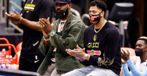 Resources: Los Angeles Lakers' Anthony Davis Can Reunite in 10-14 days, Together with LeBron James near