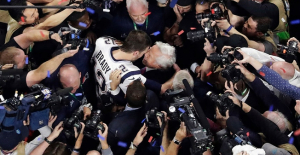 Patriots owner Robert Kraft on Tom Brady reunion:'He did a Lot for us'