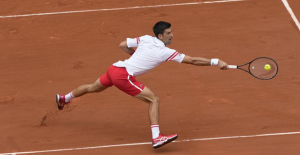 Djokovic recovers from 2-set French Open Gap against teen