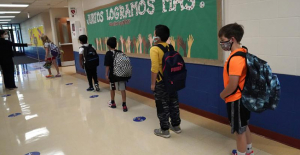 Teachers Cautious of new laws Restricting instruction on race