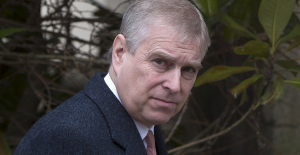 After Sarah Ferguson's divorce, Prince Andrew spent some time in Jeffrey Epstein's NYC townhouse