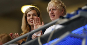 The wife of the UK Prime Minister says she is pregnant again