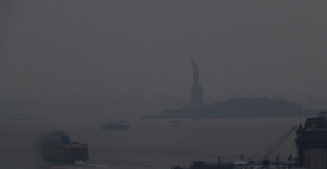 Wildfires from the US West are causing a lot of smoke to blow into the East Coast